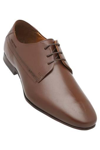 69d7bca7195 Buy RED TAPE Mens Lace Up Formal Shoes | Shoppers Stop