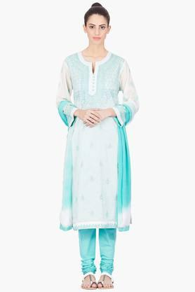 LABEL RITU KUMAR Womens Notched Neck Embroidered Churidar Kurta Set