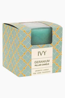 IVYGeranium Aromatic Pillar Candle