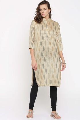 JASHNArt Silk Ethnic Motifs Mandarin Collar Kurta