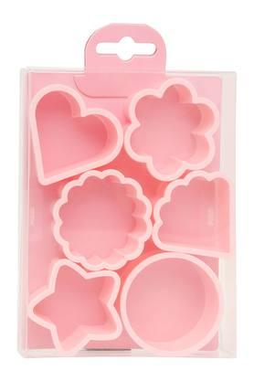 IVY Assorted Shape Cookie Cutter Set Of 6