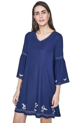 Womens V- Neck Solid Tunic