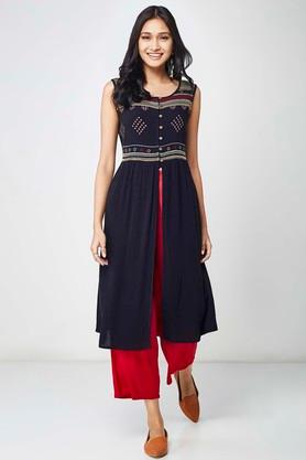 Womens Embroidered Front Slit Tunic