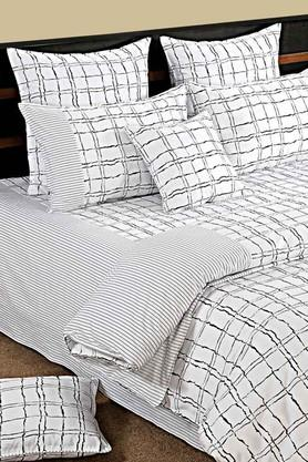 Check Double Fitted Bed Sheet with 2 Pillow Covers