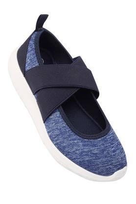 Girls Casual Wear Slipon Sneakers