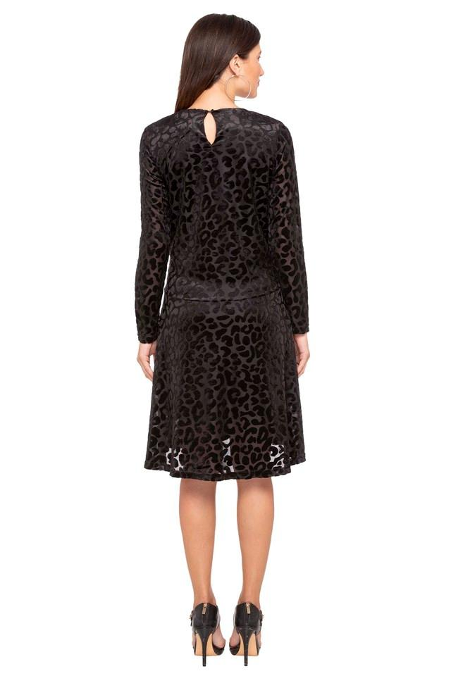 Womens Round Neck Self Pattern Shift Dress