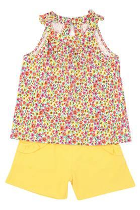 Girls Round Neck Floral Print Top and Shorts Set