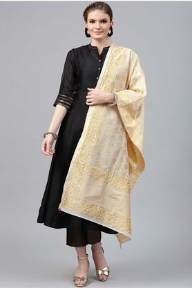 JUNIPER Womens Mandarin Neck Solid Kurta And Dupatta Set