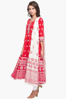Womens Round Neck Printed Anarkali Churidar Suit