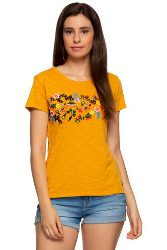 Womens Round Neck Slub Embroidered Top