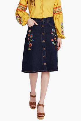 COVER STORYWomens Embroidered Knee Length Skirt