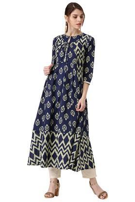LIBASWomens Cotton Printed Anarkali Kurta With Ethnic Jacket