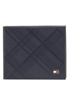 048306e930a2 Men's Wallet - Buy Mens Wallet Online in India at Best Price ...