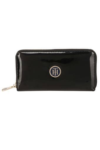 TOMMY HILFIGER -  Black Wallets & Clutches - Main