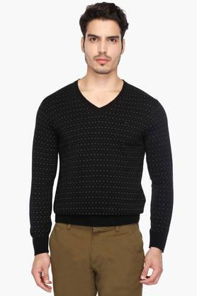 INDIAN TERRAINMens V Neck Printed Pullover