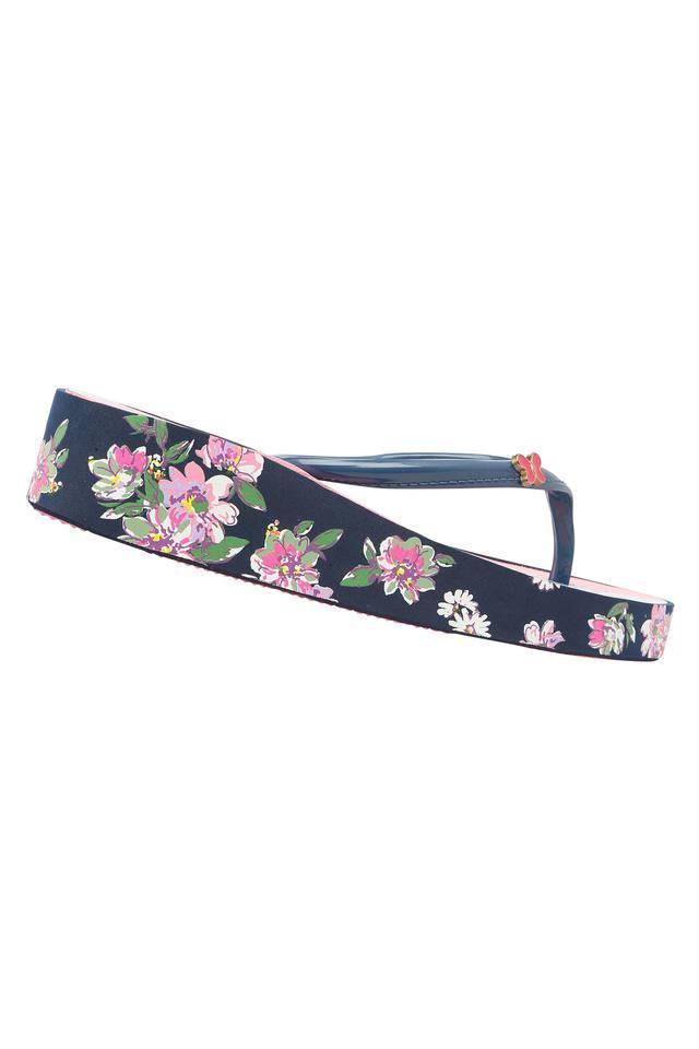 Girls Casual Wear Slipon Wedges
