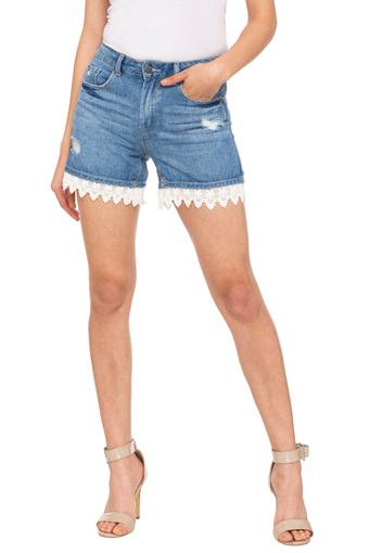 Womens 5 Pocket Distressed Shorts