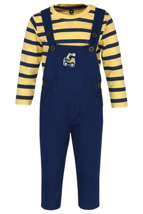 Boys Round Neck Solid Dungarees and Tee Set