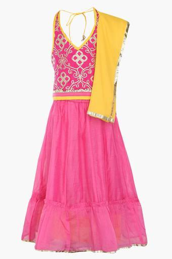 Girls Halter Neck Embroidered Solid Ghaghra Choli and Dupatta Set