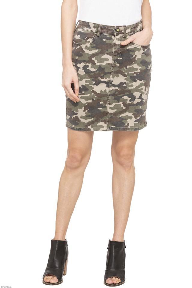 Womens 4 Pocket Camouflage Skirt