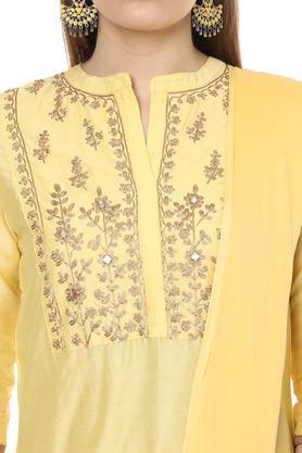 Womens Mandarin Collar Embroidered Churidar Suit