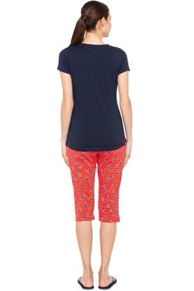 Womens Round Neck Printed Top and Capris Set