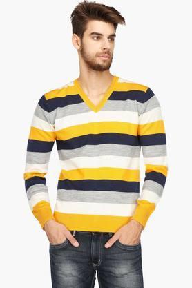INDIAN TERRAINMens V Neck Stripe Sweater