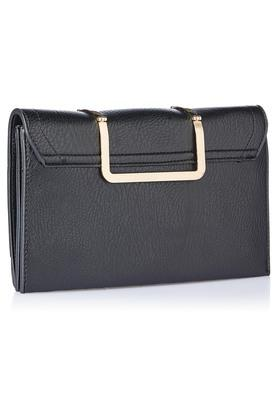 Womens Casual Wear Snap Closure Clutch