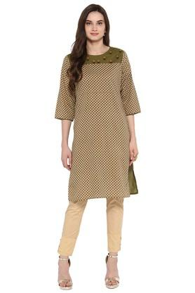 JUNIPER Womens Printed Embroidered Kurta With Trouser