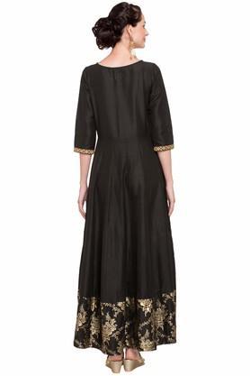 Women Round Neck Embroidered Gown
