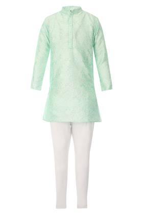 Boys Mandarin Collar Self Printed Kurta and Pyjama Set