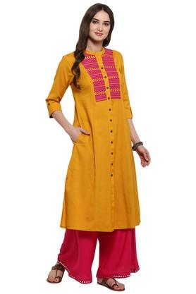 JUNIPERWomens Embroidered A-Line Panelled Kurta With Pocket