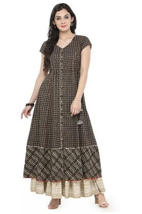 VARANGA Women Cotton Floral Print Flared Kurta