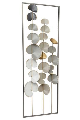 Scallop Climber Wall Decor