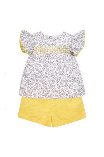 Girls Round Neck Solid Shorts and Floral Print Top