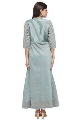 Womens Mandarin Collar Embellished Kurta