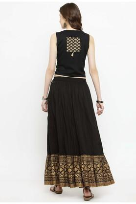 Women gold printed crop top with skirt