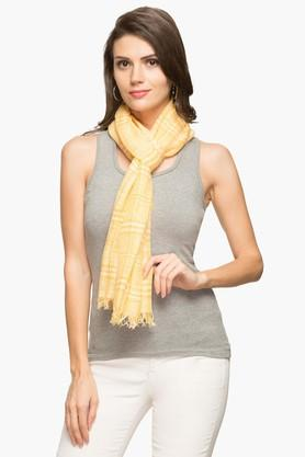 EXCLUSIVE LINES FROM BRANDS Womens Check Shawl