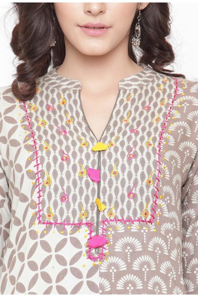 Women Rayon print A-line Kurta