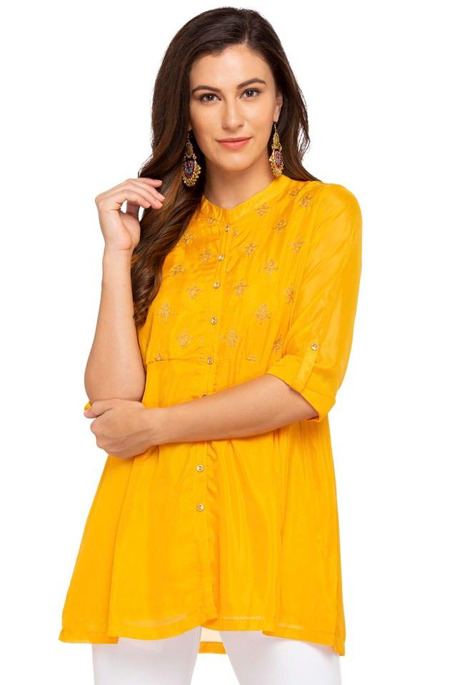 Womens Mandarin Neck Solid Embroidered Top