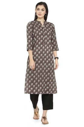 VARANGA Women Floral Print Kurta And Pant Set - 204517235_8212