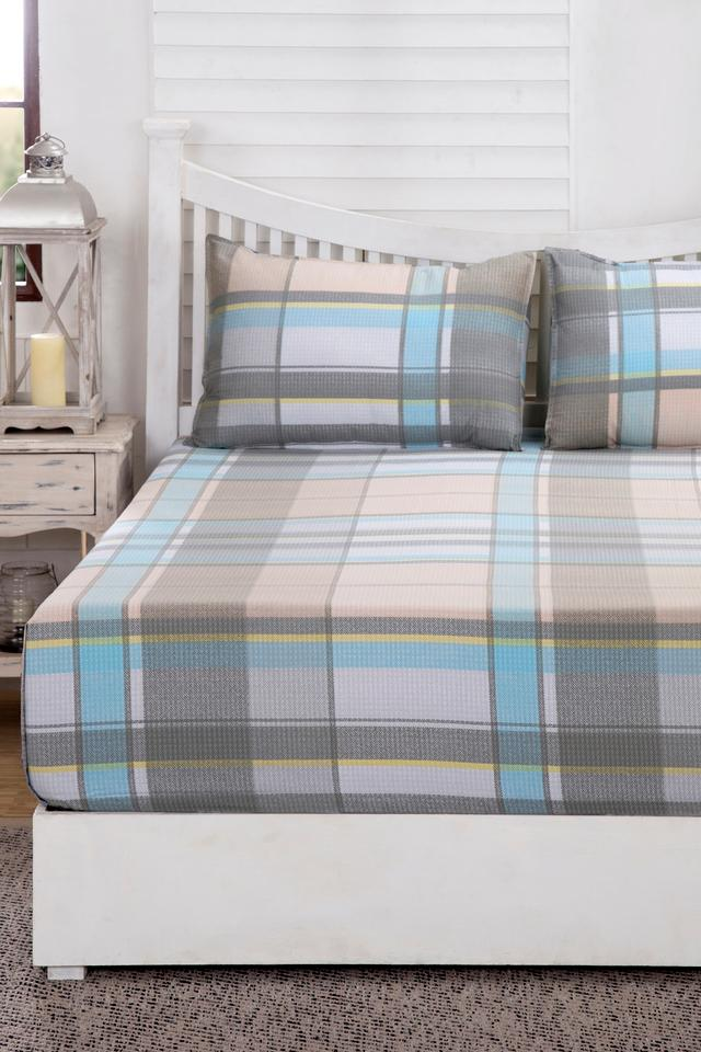 Essence Checkered Grayson Blue Printed Superfine Cotton 210 TC Double Bedsheet With 2 Pillow Covers