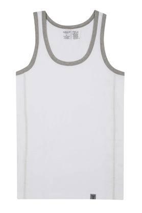 VAN HEUSENMens Round Neck Solid Vest - 204199277_9100