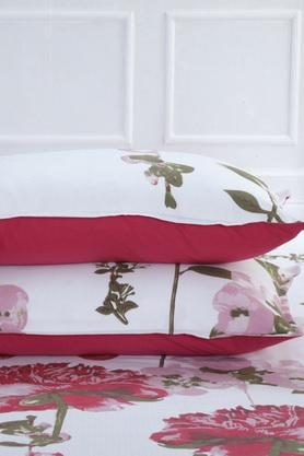 Superfine Cotton Red Double Bedsheet with 2 Pillow Covers - 210 TC