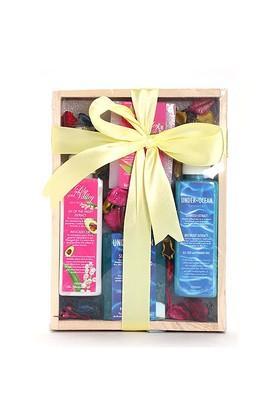 Wooden Box Gift Set (4 Piece) - 350gm