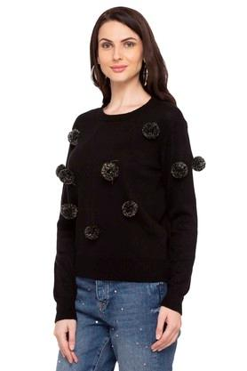 Womens Round Neck Applique Pullover