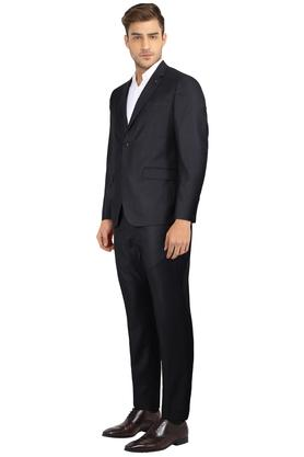 Mens Notched Lapel Slub Suit