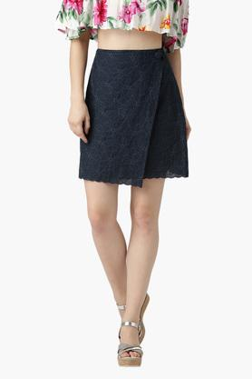MARIE CLAIREWomens Embroidered Mini Skirt
