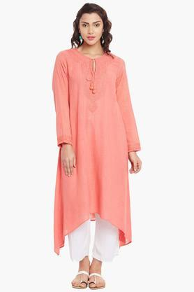 LABEL RITU KUMAR Womens Tie-up Neck Embroidered Kurta