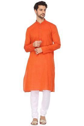 Mens Mandarin Collar Printed Kurta and Pyjama Set